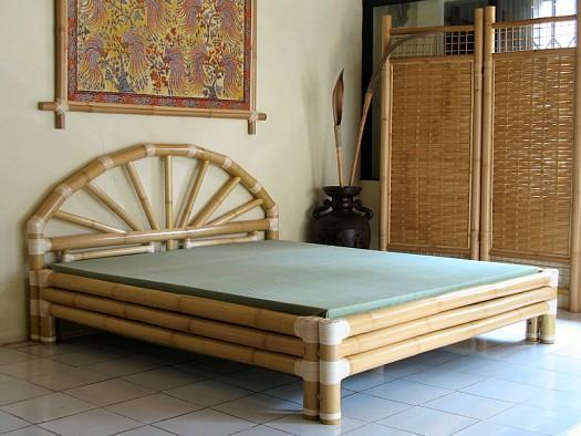 tempat tidur dari bambu