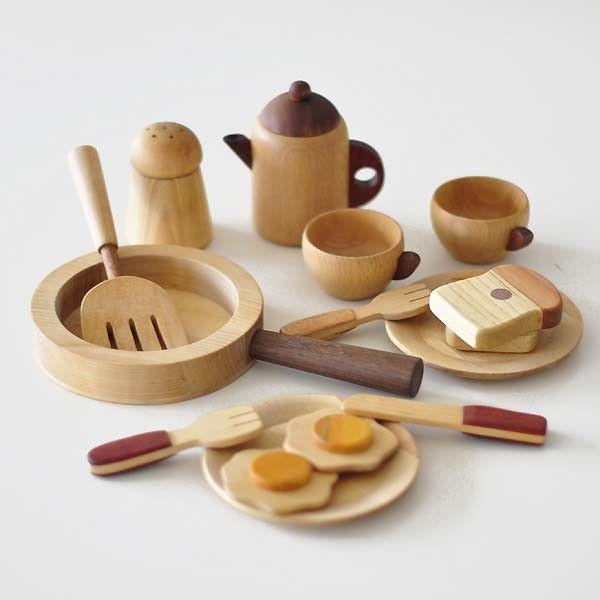 mainan kayu alat makan