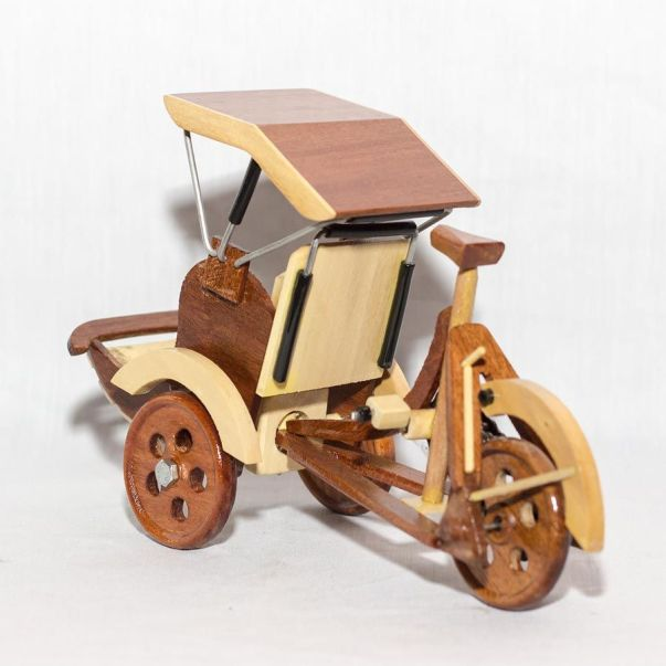 miniature becak